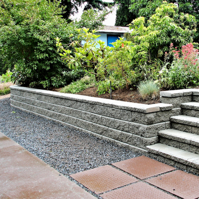 retaining wall for home landscaping